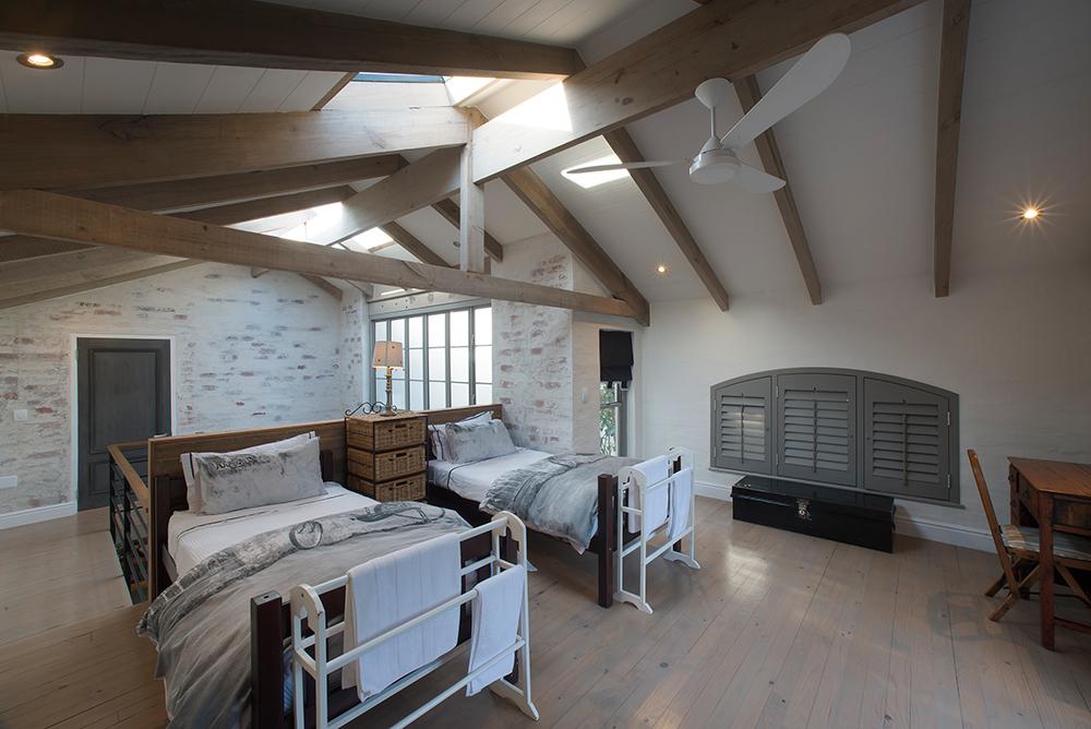 Cottage La Maison du Bonheur Sandy Bank Leisure Isle Knysna